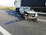 Na drodze krajowej nr 46 w Michałówku zderzyły się dwa volkswageny. Kierowca jednego z nich wymusił pierwszeństwo