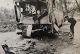 Kiedyś na drogach było bezpieczniej? Wypadki na archiwalnych zdjęciach z lat 80. (zdjęcia)