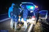 Porwanie dziecka w Wieluniu. Porywacz żądał okupu od rodziców. Policjanci CBŚP zatrzymali 25-letniego mężczyznę ZDJĘCIA FILM