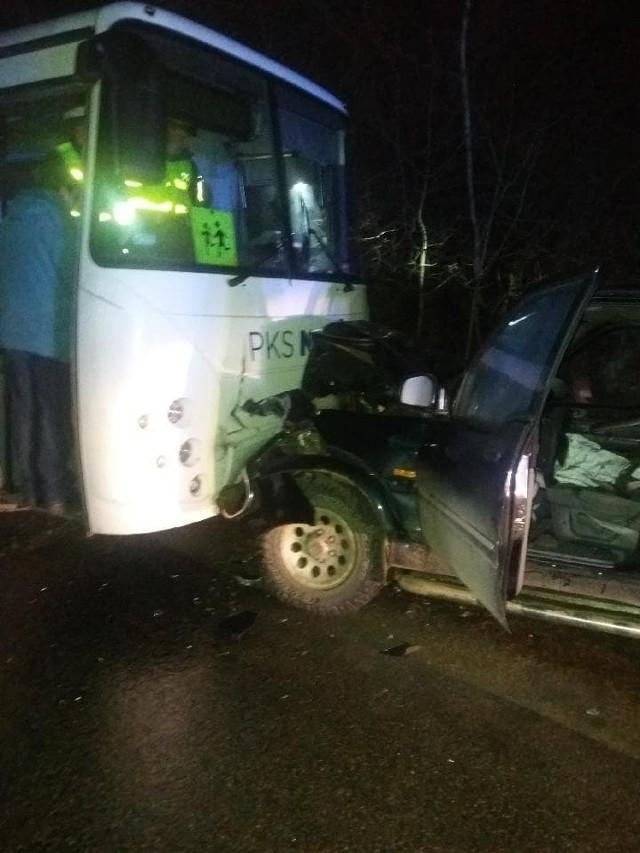 Do groźnego wypadku doszło za Czarną Białostocka w środę po godz. 16. Dzieci jechały ze szkoły w Czarnej Wsi Kościelnej.