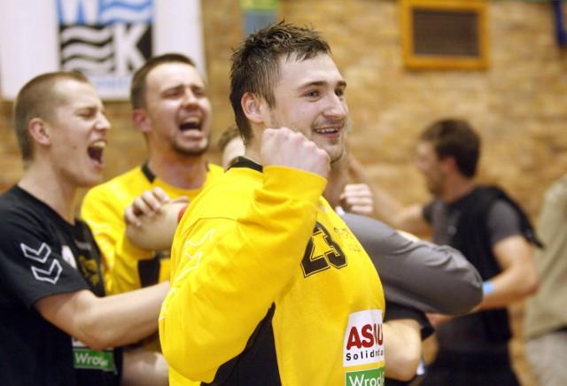 Marcin Schodowski mógł zostać koszykarzem, ale ciąg miał do piłki ręcznej. Zaczynał w MOSie Wrocław, jednak to Śląsk jest jego miłością