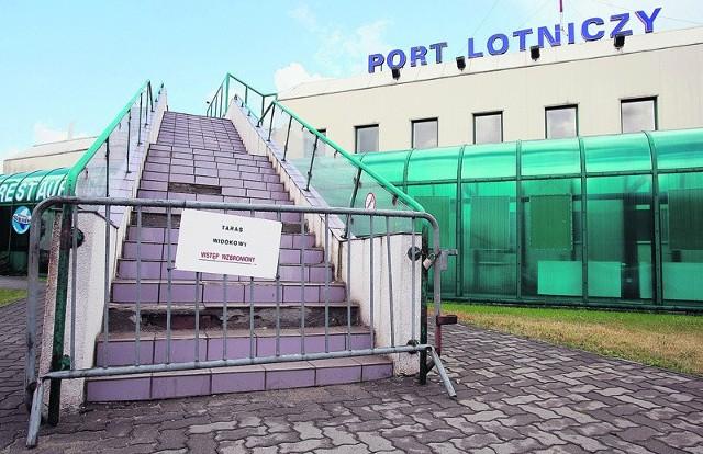 Taras widokowy na łódzkim lotnisku jest zamknięty i nie wiadomo, kiedy zostanie ponownie otwarty.
