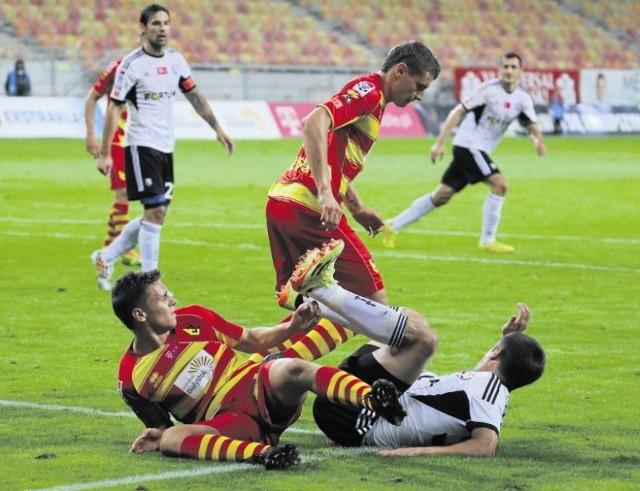 Jesienią żółto-czerwoni nie mieli żadnych szans w konfrontacji z Legią, przegrywając u siebie 0:3. Oby znacznie lepiej poszło im w rewanżu,