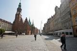 Podatki, opłaty, mandaty. Ile każdy z nas wpłaca do budżetu Wrocławia?