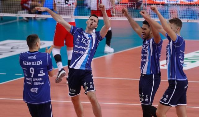 W pierwszym meczu Ślepsk Malow Suwąłki wygrał z Asseco Resovią Rzeszów 3:1