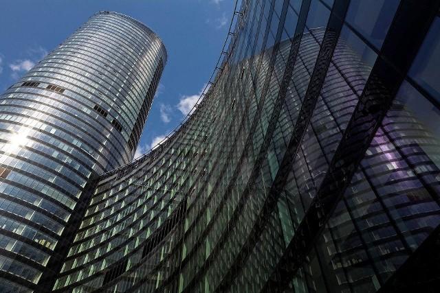 Sky TowerWrocławski Sky Tower ma 212 metrów wysokości.