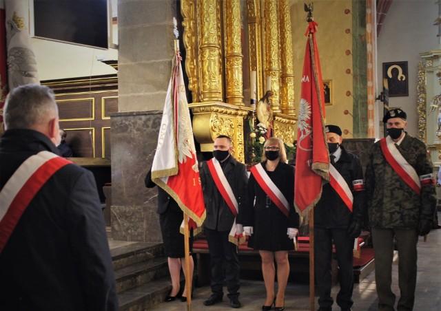W poniedziałek odprawiono mszę w kościele parafialnym w Szydłowcu.