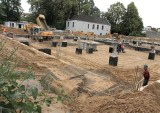 Kolejny problem na placu budowy nowej stacji sanepidu w Radomiu (video)
