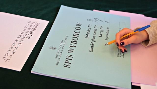 Dziś ostatni dzień na dopisanie się do spisu wyborców. Sprawdź jak to zrobić