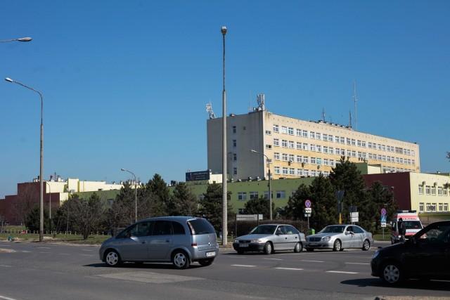 W środę testy na koronawirusa przeszli pacjenci USK w Opolu.