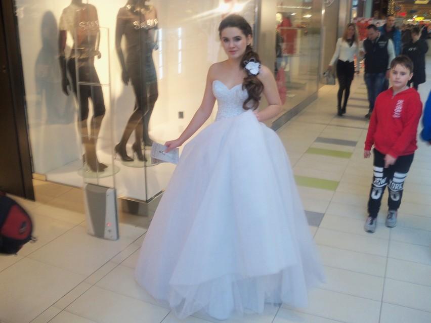 Targi mody ślubnej w Odrzańskich Ogrodach odwiedziło kilka...