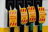 Wielka Brytania: panika na stacjach benzynowych. Czy wojsko pomoże przywrócić dostawy paliwa?