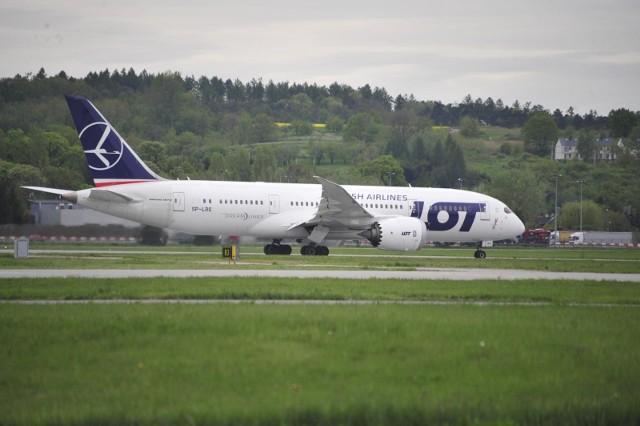 Samoloty pasażerskie powrócą na Balice w czerwcu