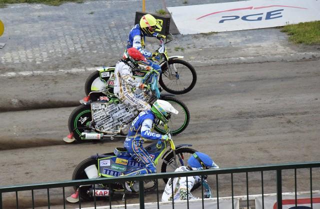 W niedzielę przy W69 Ekantor.pl Falubaz Zielona Góra pokonał Get Well Toruń 53:37 i zdobył punkt bonusowy.