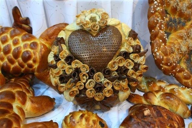 Takie chlebowe rzeźby można było zobaczyć na targach w Kielcach. Fot. D. Łukasik