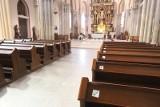 Arcybiskup Grzegorz Ryś udzielił kolejnej dyspensy od niedzielnej mszy. Aż do końca maja!
