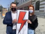 Liceum w Łodzi zakazuje błyskawic w awatarach uczniów podczas nauki zdalnej. Dyrektor XXXIV LO w Łodzi chce apolityczności szkoły 10.04.2021