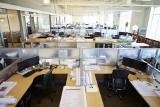 Praca zdalna przyjmie się na dobre? W niektórych branżach efektywność wzrosła. To może być duży problem na rynku nieruchomości