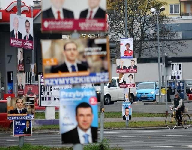 Plakaty Wyborcze Wiszą Tam Gdzie Nie Powinny Nie Ma Siły