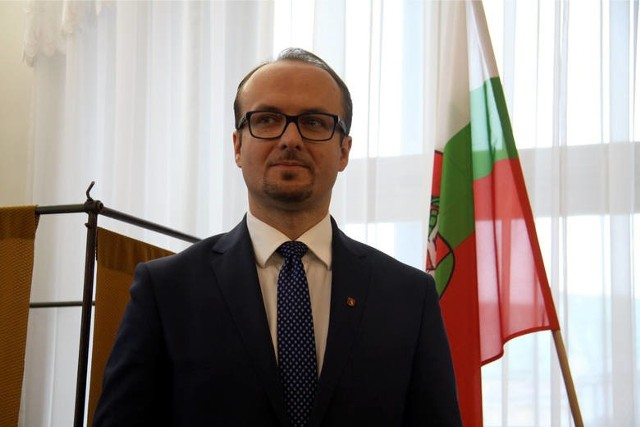 Piotr Kowalczyk w swoim oświadczeniu wyraził zgodę na publikację swego nazwiska i wizerunku
