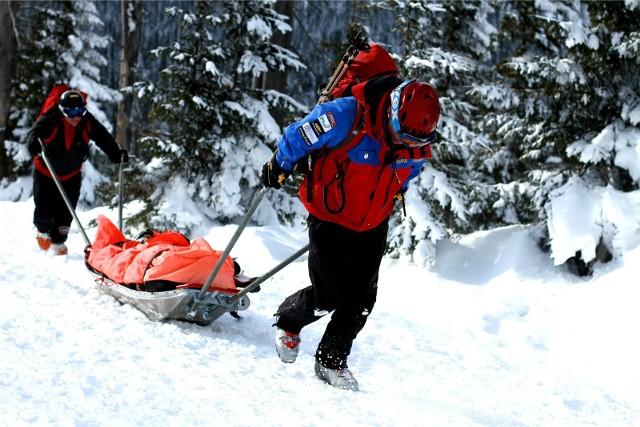 Na stronie internetowej Grupy Karkonoskiej GOPR zamieszczono dziś komunikat ostrzegający przed fatalnymi warunkami w górach. Zdjęcie ilustracyjne
