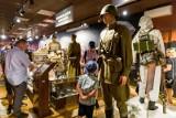 Ostrzeliwały się czołgi. Można było kupić granat. Wystawy stały otworem. W Święto Wojska Polskiego nie zabrakło atrakcji w Muzeum Wojska