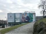 Największy bilbord w Białymstoku! Warto wiedzieć, kto jest na zdjęciu