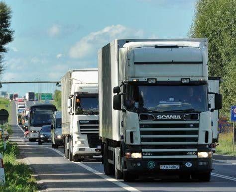 Branża transportowa hamuje