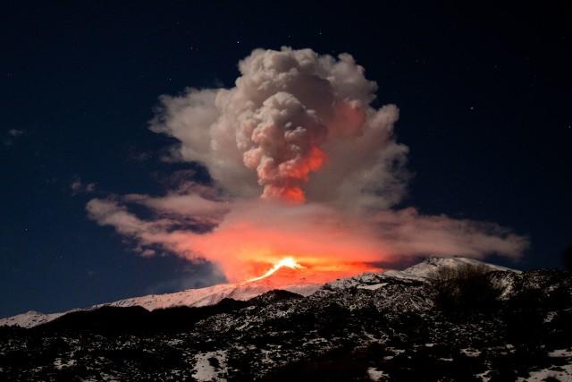 Czy Europie grozi wybuch wulkanu? Naukowcy ostrzegają