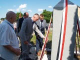 Rozwory. Odsłonięcie obelisku ku pamięci rodzin wywiezionych 80 lat temu na Syberię. 19.06.2021. Zdjęcia