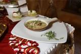 Wigilijna zupa grzybowa. Najlepszy przepis na polską grzybową. Zupa grzybowa na święta Bożego Narodzenia 2020 - jak ją robił Maciej Kuroń?