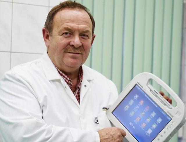 Dzięki tabletom już podczas obchodu będzie można wprowadzać zlecenia, dotyczące leczenia pacjentów - zapewnia Marek Chojnowski, dyrektor szpitala MSW