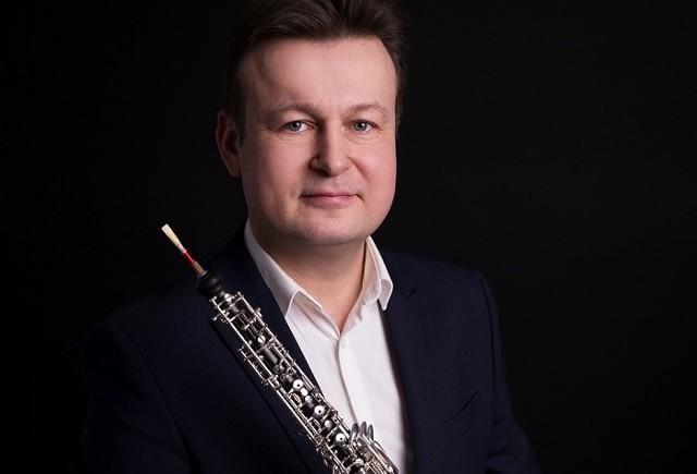 Oboista Paweł Nyklewicz wystąpi z Orkiestrą Filharmonii Krakowskiej w dniu 19 lutego o godz. 19.30