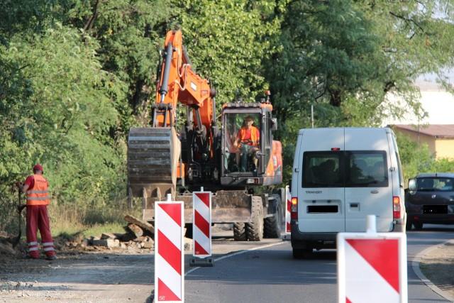 Remont ulicy Roździeńskiego potrwa przez najbliższe trzy miesiące, do końca listopada tego roku