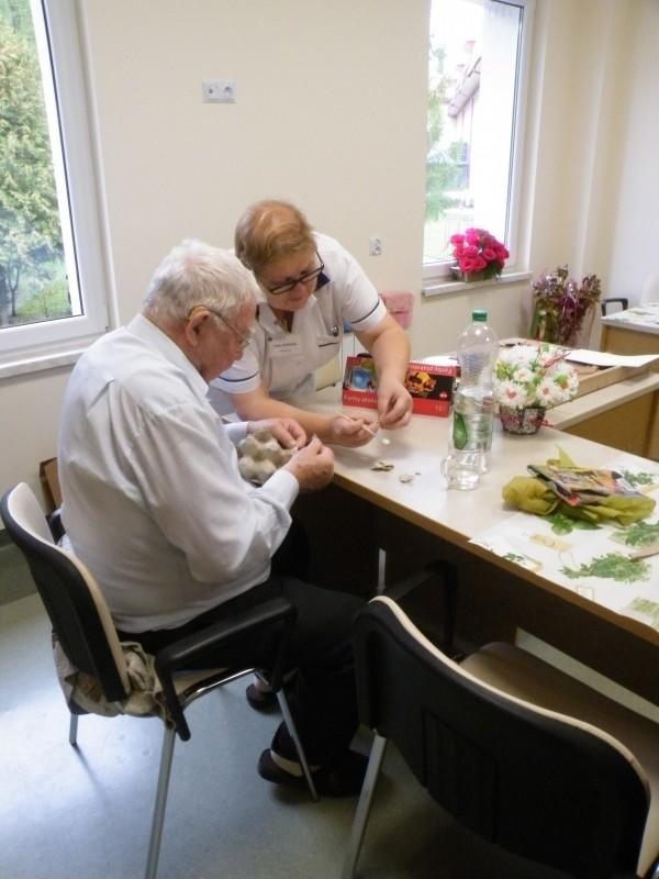 Dom dla seniora z powodzeniem funkcjonuje np. w Wysowej Zdroju. Ten w Libuszy ma ruszyć w lutym 2018 roku