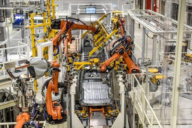Ogromna fabryka powstała w Białężycach pod Wrześnią w ciągu 30 miesięcy!