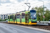 MPK Poznań: Kolizja tramwaju linii numer 8 z samochodem osobowym. Ruch w kierunku ronda Śródki był wstrzymany
