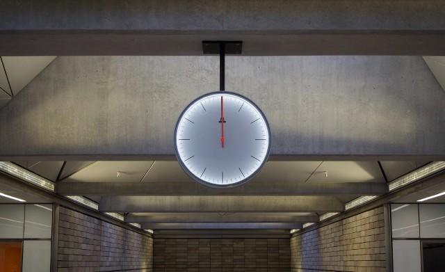 Zmiana czasu na letni 2021. Kiedy dokładnie przestawiamy zegarki?