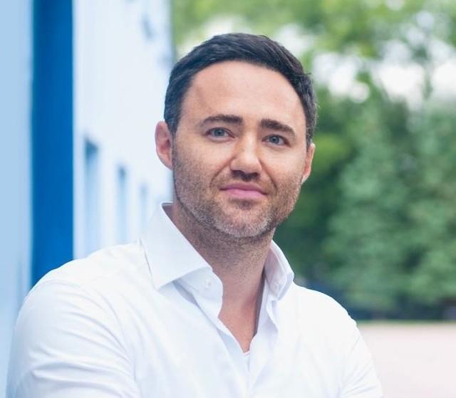 Radny Rady Miasta Kielce Maciej Bursztein nie zagłosował za podwyżkami.