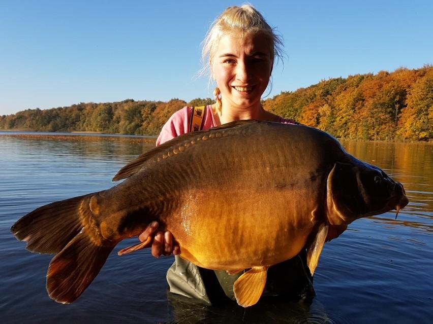 Bytowianka łowi gigantyczne ryby! Oto jej wędkarskie okazy.