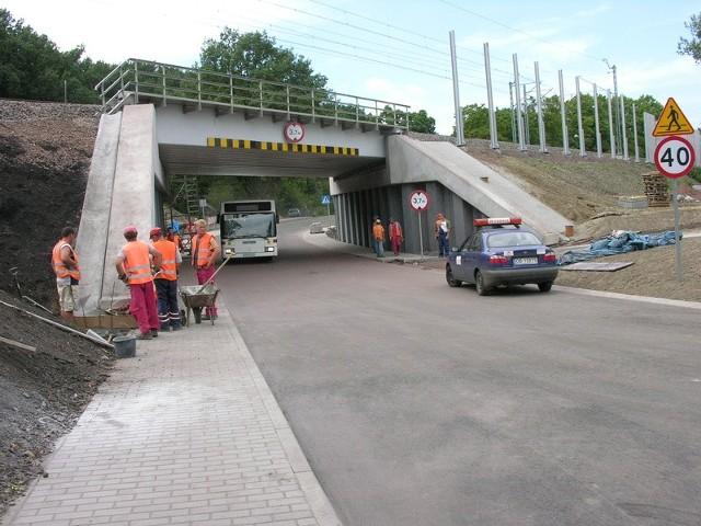 Budowa nowego wiaduktu to część przebudowy stacji Brzeg. Za wszystkie prace PKP zapłaci ponad 153 mln złotych.