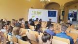 Zielona Góra. To już 15 lat odkąd Polska stała się częścią Unii Europejskiej. Czy młodym ludziom żyje się lepiej?
