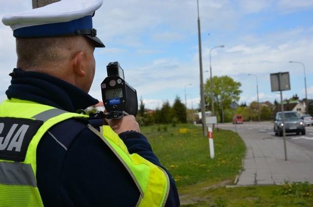 Od poniedziałku funkcjonuje nowe prawo o ruchu drogowym. Niektórzy kierowcy zlekceważyli zmiany i za złamanie zakazów stracili prawa jazdy