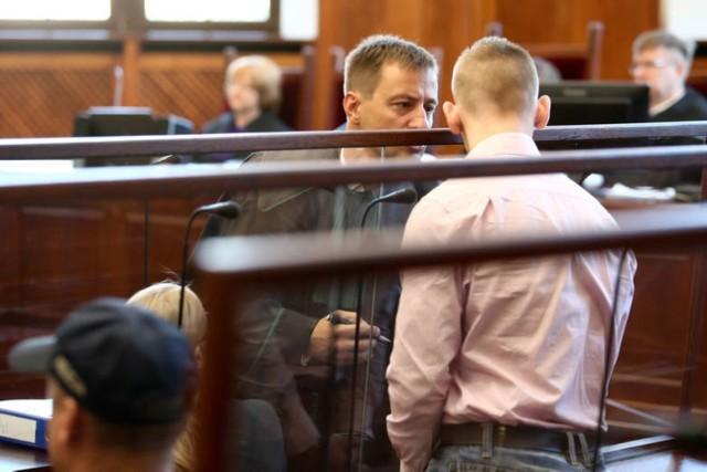 Zabójstwo dwóch kobiet w agencji towarzyskiej. Artur K. na przesłuchaniach podawał różne motywy swojej okrutnej zbrodni