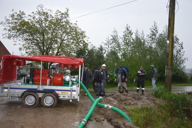 Przepompowywanie wody w Łaganowie