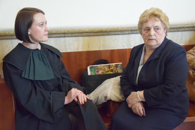 Radna Anna Górska (z prawej) w sobotę stwierdziła, że wójt gminy Jolanta Krysowata miała rzekomo naruszyć nietykalność byłej przewodniczącej rady. Sąd nie dopatrzył się jednak pomówienia.