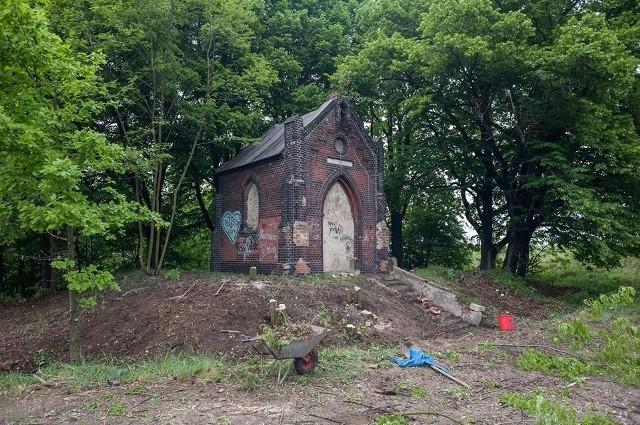 Kapliczka Marii Hilf w Piekarach Śląskich w niedalekiej przyszłości odzyska należny blask.