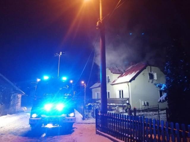Pożar domu jednorodzinnego w Gromcu.