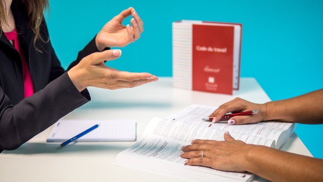 Zmiany w kodeksie pracy obejmują m.in. wydłużenie badań okresowych i większe kary dla pracodawców