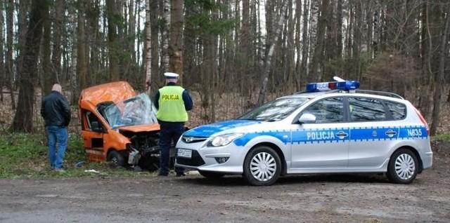 Dzisiaj o 4 nad ranem doszło do kolejnego śmiertelnego wypadu w okolicy Głobina. Zginęły dwie osoby.